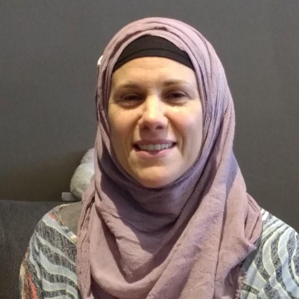 Anna Hussain